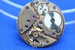 Original OMEGA 268 manual winding movement running & dial (1/5409)