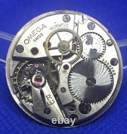 Original OMEGA 30 SCT2 manual winding movement & dial (1C/6123)
