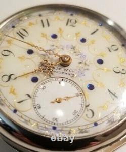 Waltham 18S. 17 jewels adj. Mint fancy dial gold trimmed movement (1907)